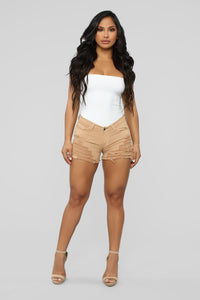 It's Getting Hot In Here Shorts - Khaki