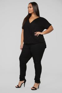 Dream On Short Sleeve Top - Black Angle 9