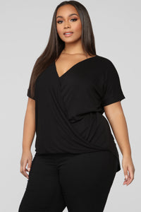 Dream On Short Sleeve Top - Black Angle 8