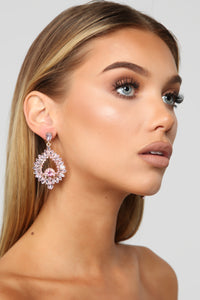 Clear The Room Earrings - Pink