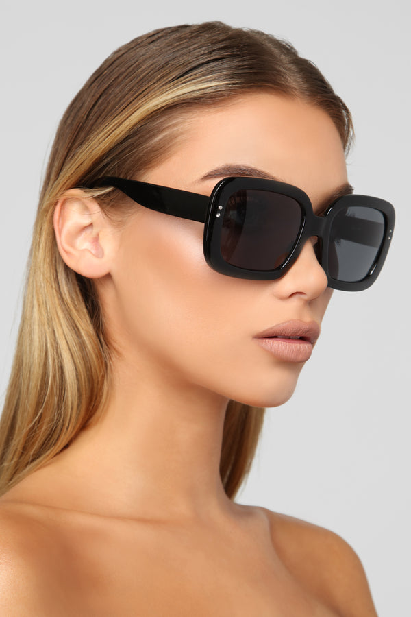 d3abe6479b50 Squared Up Sunglasses - Black