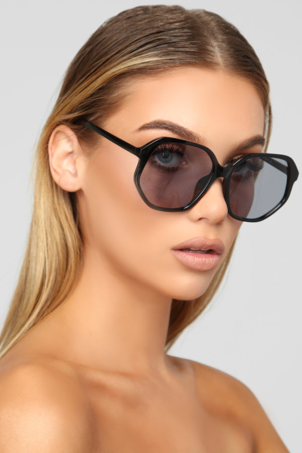 f98b79bbe12b Can t Forget You Sunglasses - Black