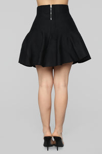 Queen Things Skirt - Black