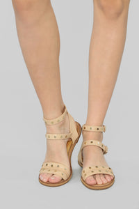 Underlying Meaning Flat Sandals - Beige