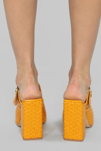 Try Again Heeled Sandal - Mustard Angle 4