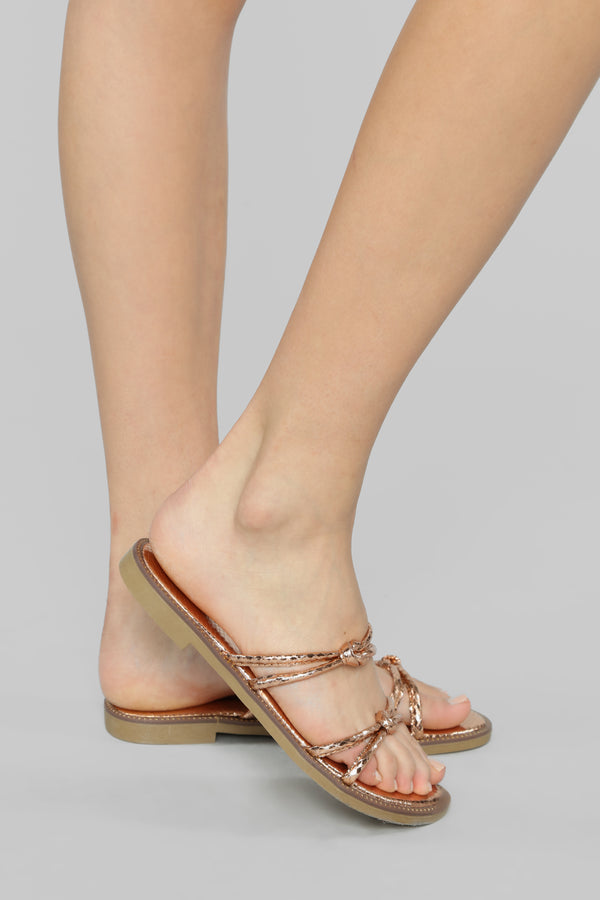 e533a1970926 So Electric Flat Sandal - Rose Gold