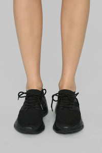 Upfront Sneakers - Black