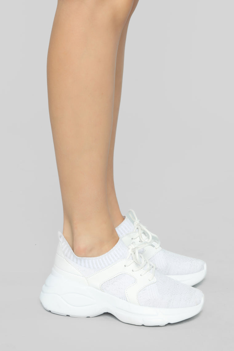 Upfront Sneakers - White