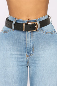 Back To Basic Belt Set - Black/Tan Angle 2