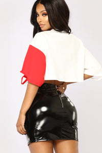 Midnight Surprise Cropped Crew Neck Top - Red/White