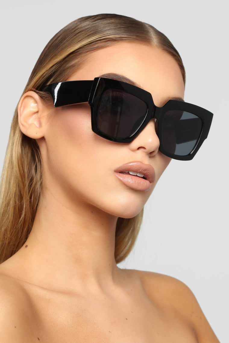 Get Lust Sunglasses - Black