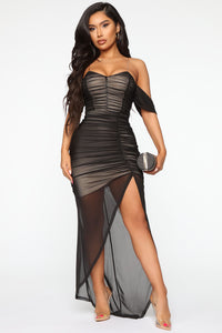Feeling Ruched Mesh Maxi Dress - Black/combo Angle 1