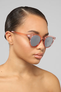 First Kiss Sunglasses - Pink
