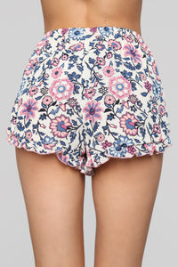 Walking In The Meadow Shorts - Ivory Angle 6