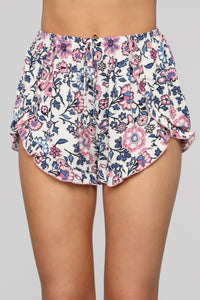 Walking In The Meadow Shorts - Ivory Angle 2