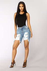 Lust In Looks Bermuda Shorts - Medium