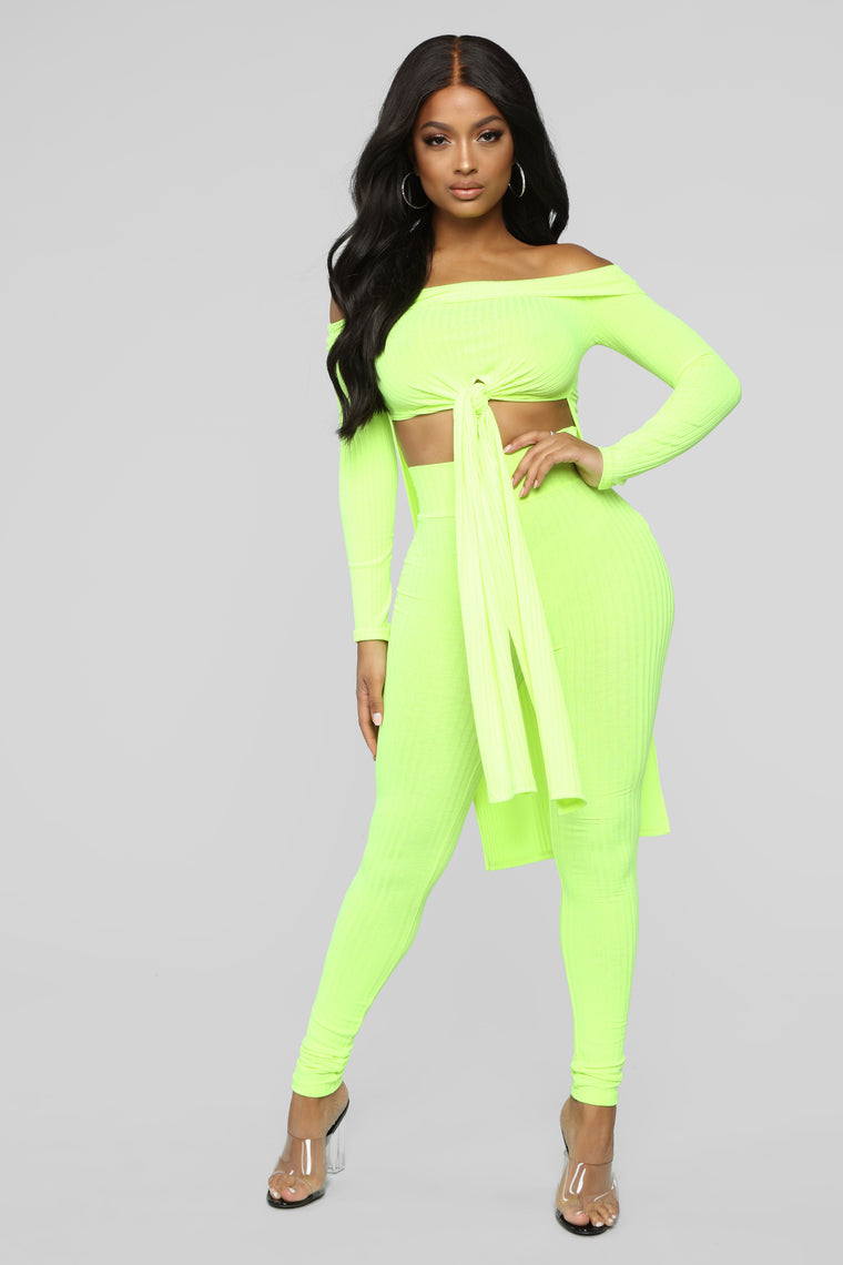 Off With Your Love Pant Set - Neon Lime