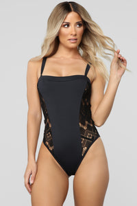 See The Pattern Swimsuit - Black