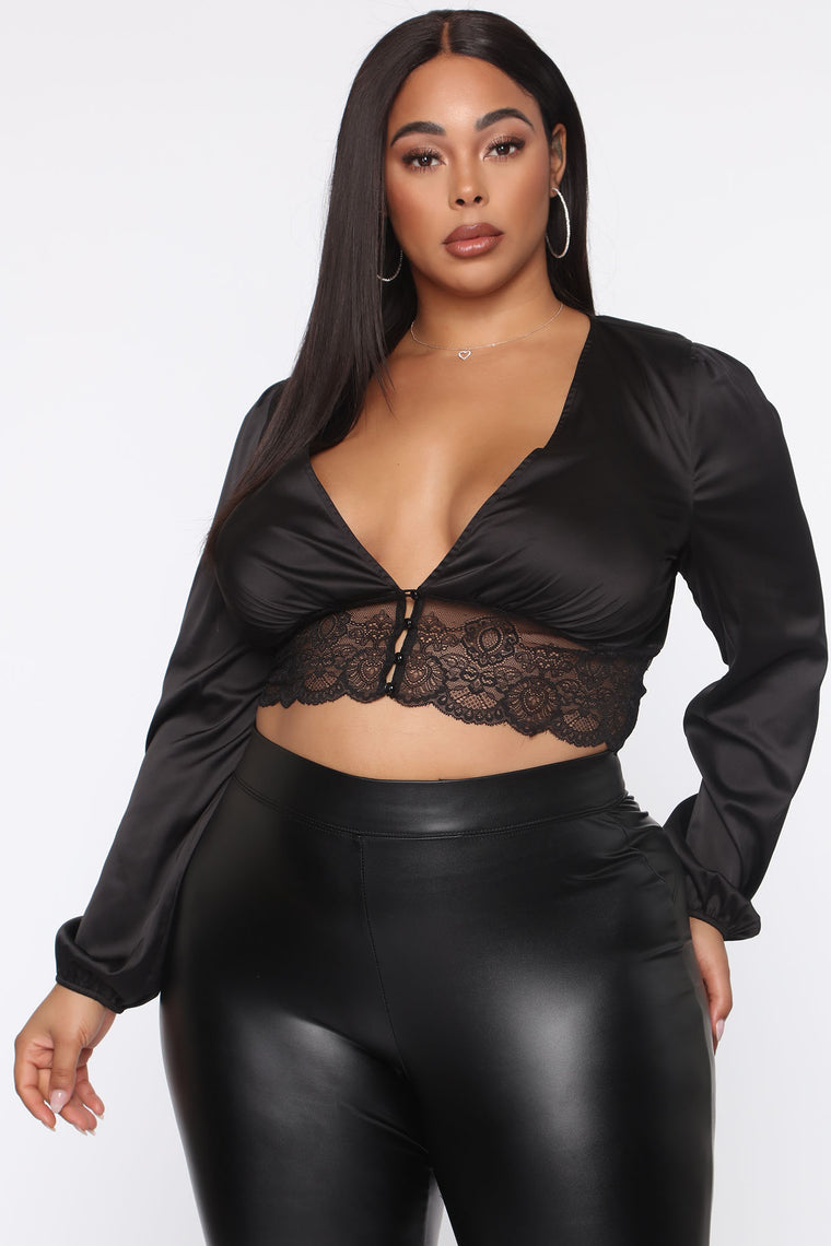 Sophisticated Sofie Top - Black