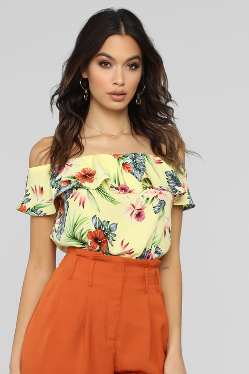 Loving This Paradise Off Shoulder Top - Yellow/combo