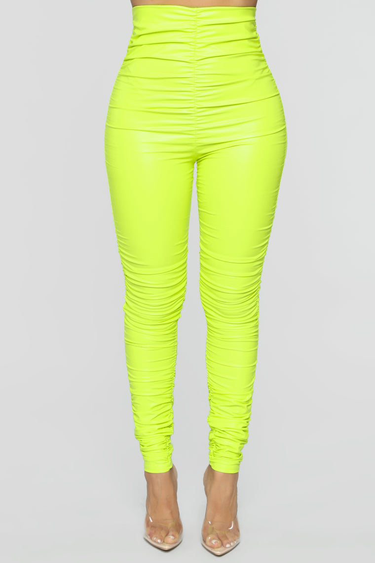 Ride Or Die Chick Ruched Leggings - Neon Yellow