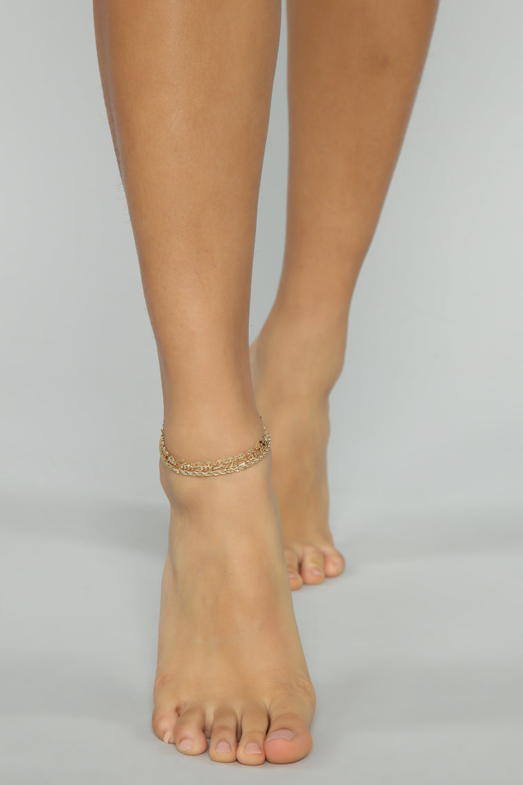 Don't Get it Twisted Anklet - Gold