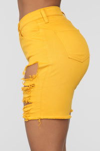 Gone Fishing Shorts - Mustard
