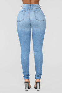 Classic Sweetheart Skinny Jeans - Light Blue Wash Angle 5