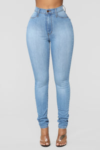 Classic Sweetheart Skinny Jeans - Light Blue Wash Angle 2