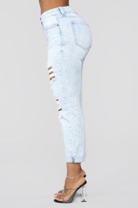 Bag Play Boyfriend Jeans - Light Blue Wash