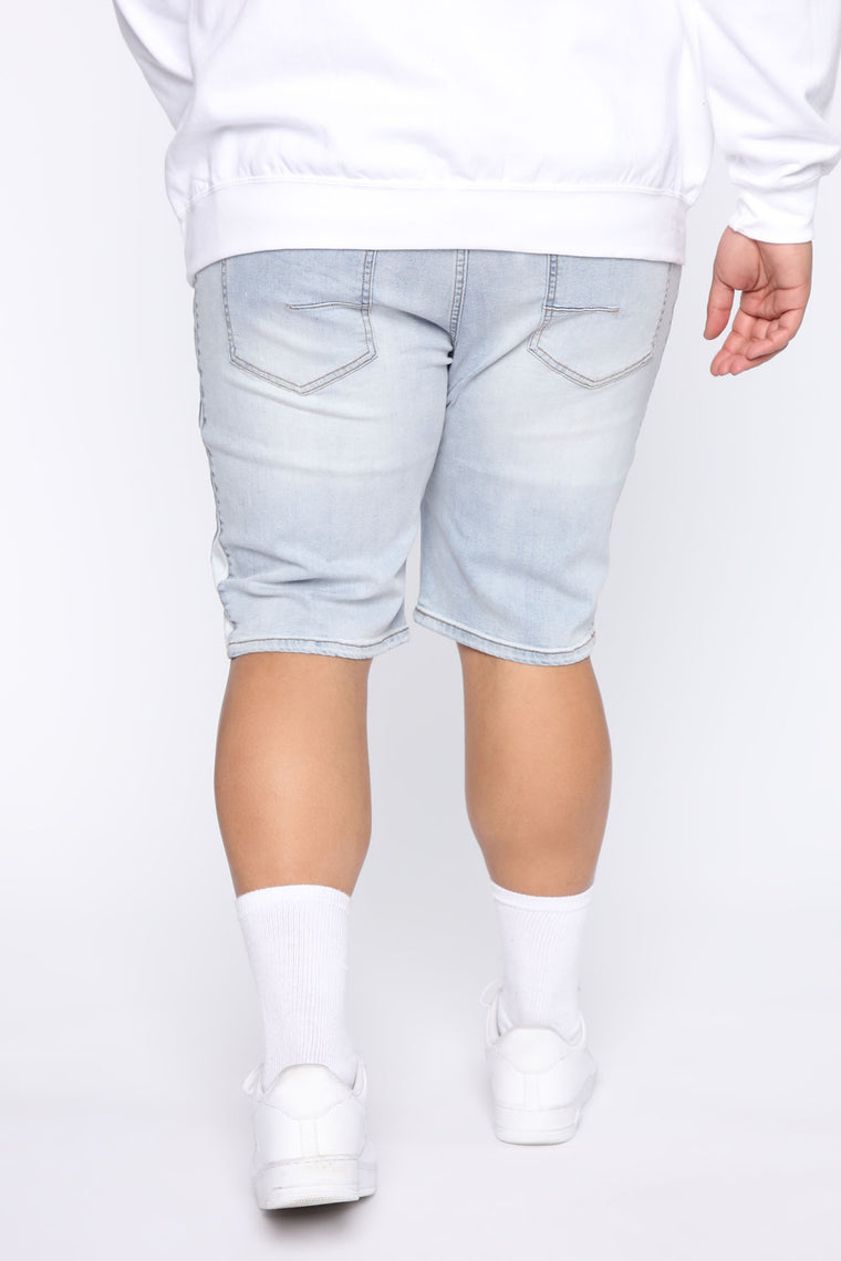 Teek Racing Stripe Denim Short - Light Blue Wash
