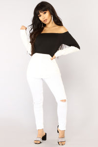 Work Or Play Off Shoulder Top - Black/White Angle 5