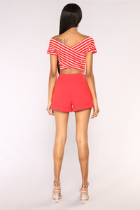 Superlove Short Sleeve Crop Top - Red