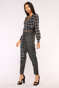 Grid All Over Top - Black/White