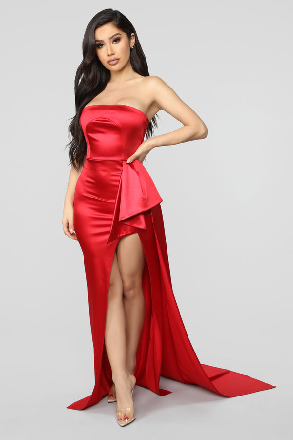 9a9a3f0c4d1 Glimpse Of Glamour Satin Gown - Red