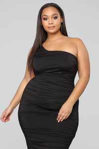 Barely Know Me One Shoulder Midi Dress - Black Angle 7