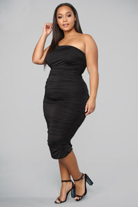 Barely Know Me One Shoulder Midi Dress - Black Angle 8