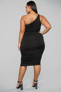 Barely Know Me One Shoulder Midi Dress - Black Angle 6