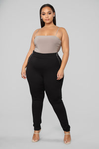 Oh So Kate Pants - Black Angle 7