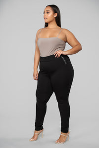 Oh So Kate Pants - Black Angle 9