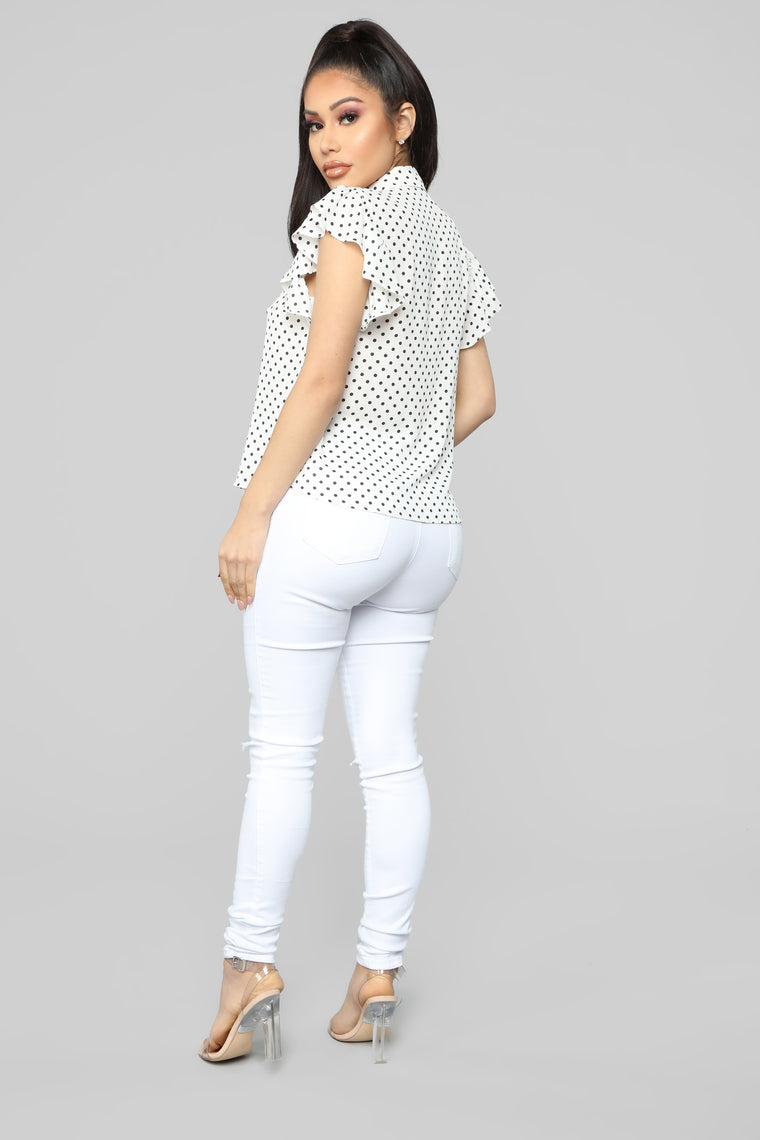 Spotted With You Top - White/Black