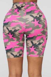 On Command Camo Set - Hot Pink