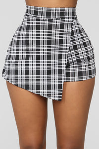 Plaid To The Bone Skort Set - Black/White