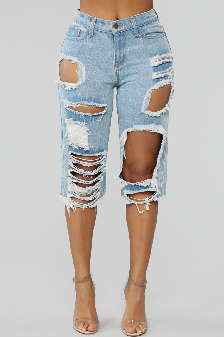 It's A Girls World Distressed Shorts - Light Blue Wash