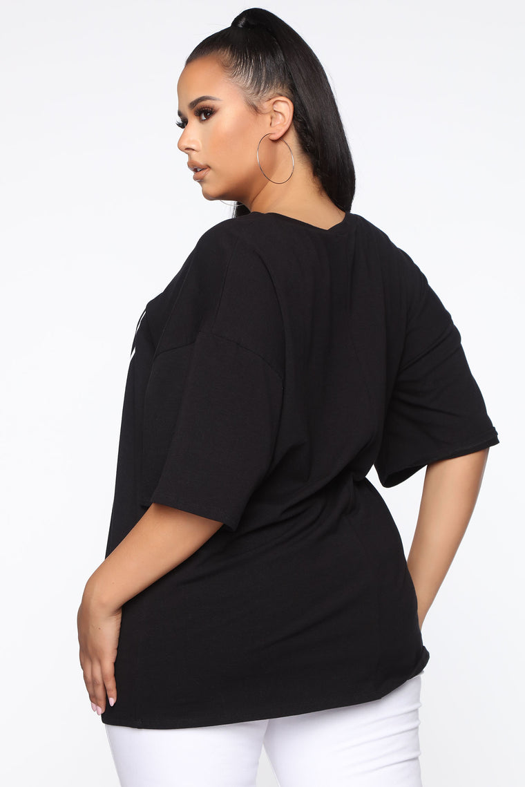 Gotta Stay On That Hustle Tunic Top - Black