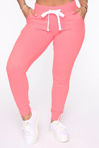 Relaxed Vibe Jogger II - Neon Pink Angle 1