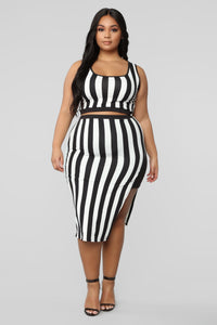 The Way You See Me Striped Skirt Set - Black/White Angle 9