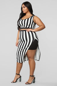 The Way You See Me Striped Skirt Set - Black/White Angle 11