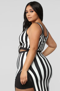 The Way You See Me Striped Skirt Set - Black/White Angle 12
