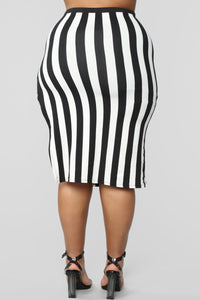 The Way You See Me Striped Skirt Set - Black/White Angle 15